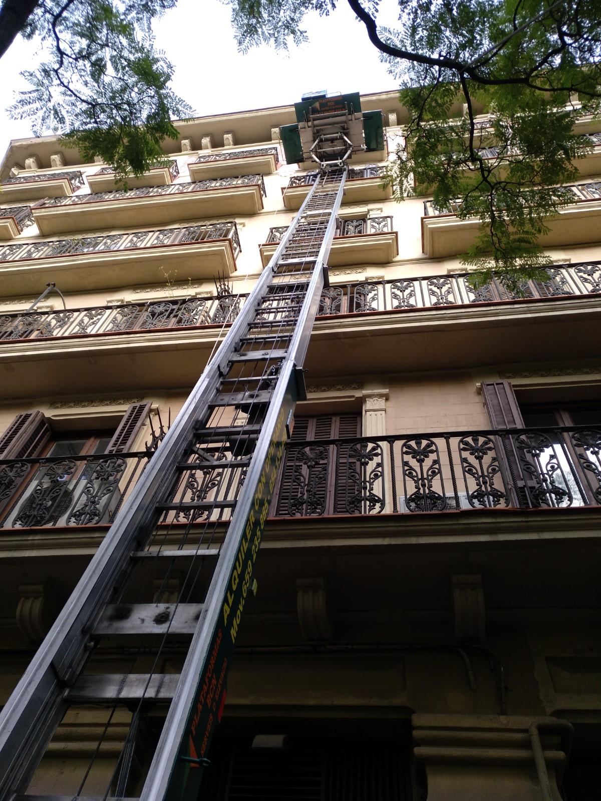 Moving in Barcelona