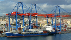International moving by container